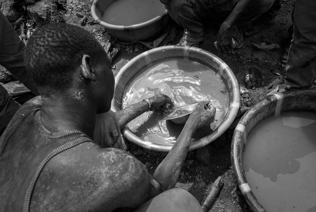 GOLD MINES BURKINA FASO_09