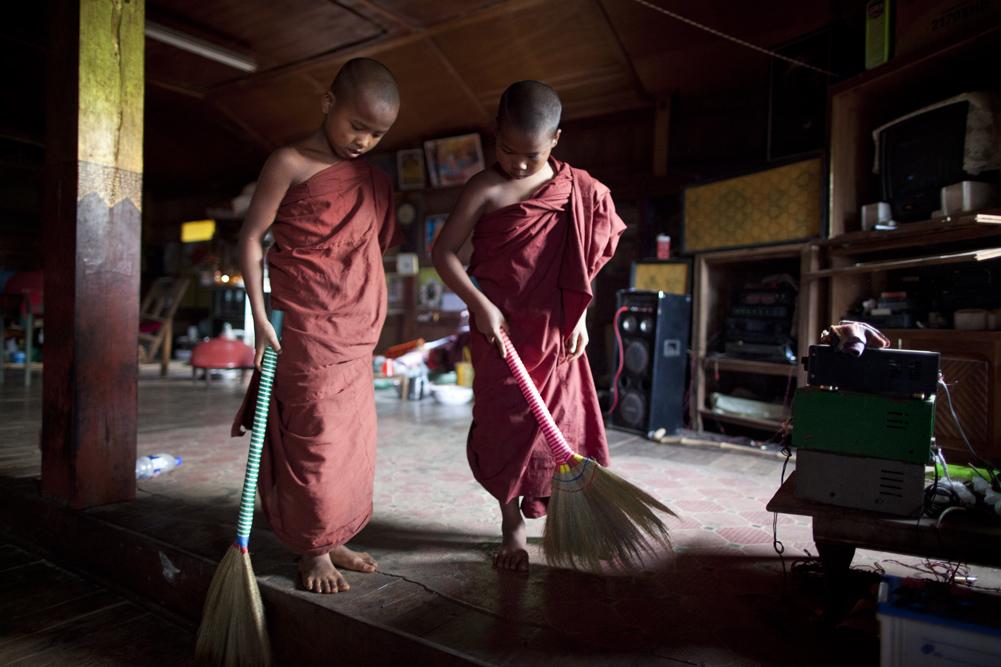 Myanmar 100web
